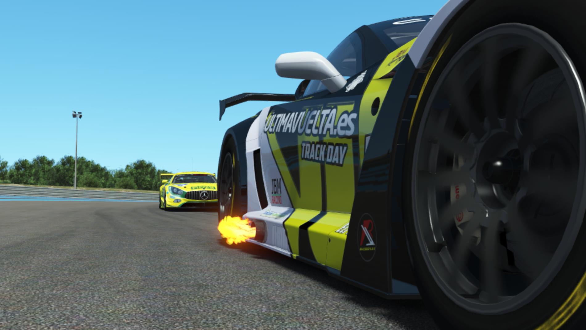 Resumen | Paul Ricard | Dominio abrumador del equipo Jbm Racing.