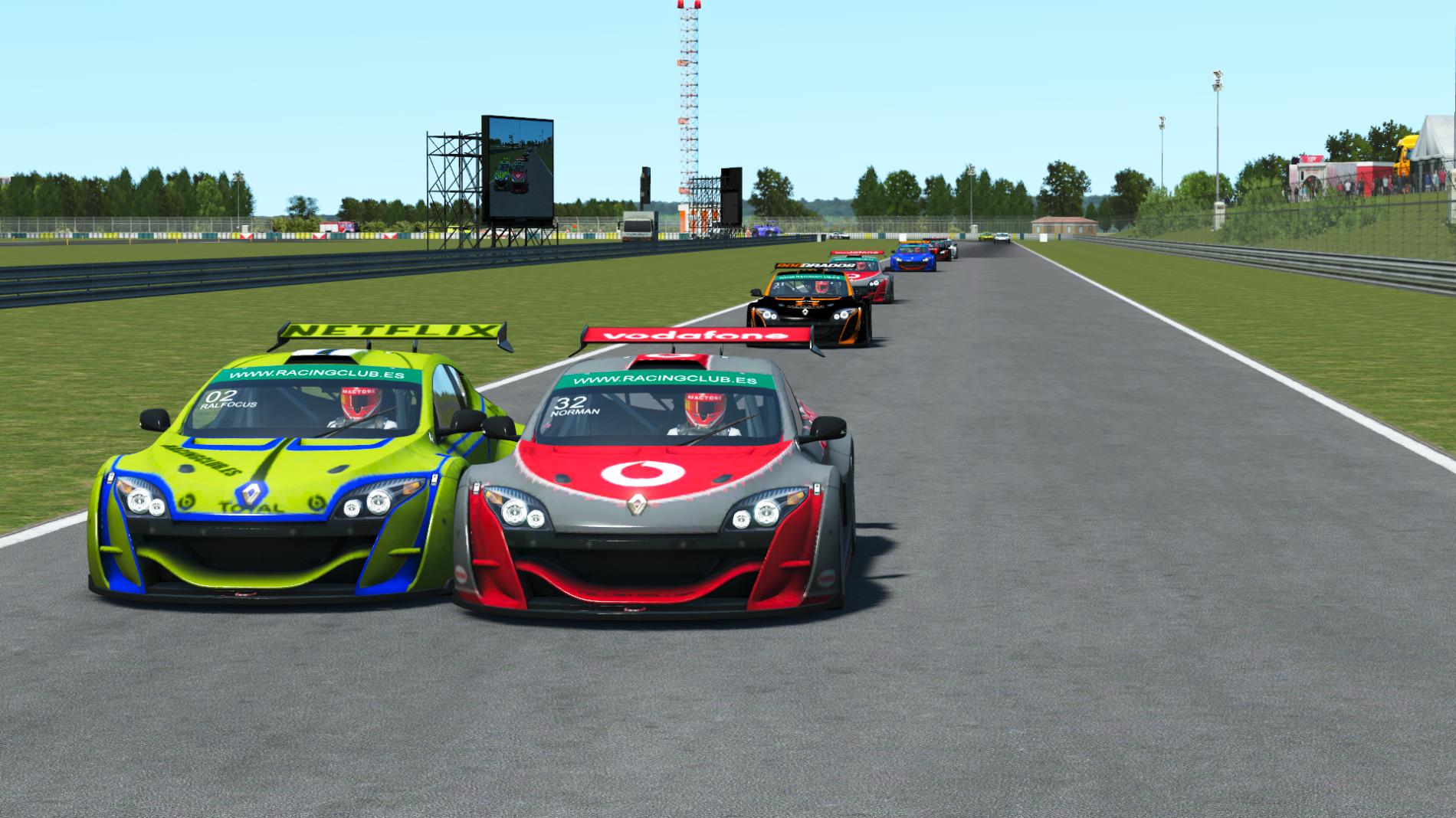 Resumen  | Albi | Pole y victoria para el piloto de Camper Motorsport.